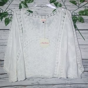 NWT Alythea lace bat wing cover up vacay blouse S